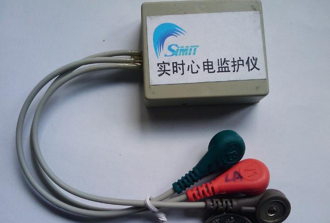 基于MSP430主控芯片的便携式无线心电检测器解决方案