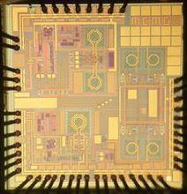 精密的芯片其制造过程非常的复杂
