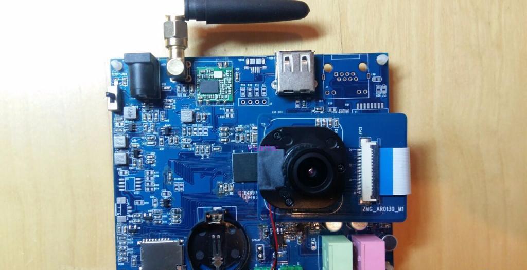 模块板卡:基于镁光AR0130图像感光芯片的海思HI3518开发板方案.jpg